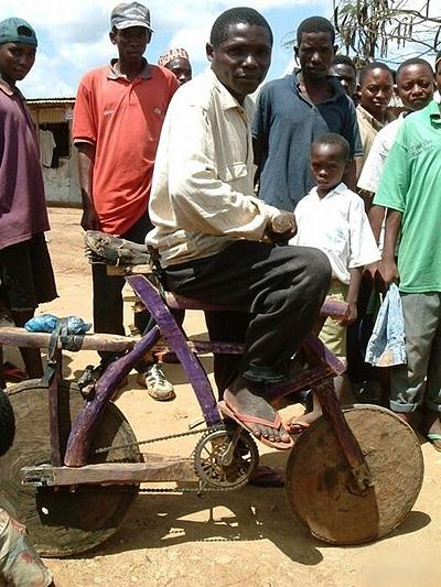 Vtipné obrázky - Cyklistika je populární i v Africe