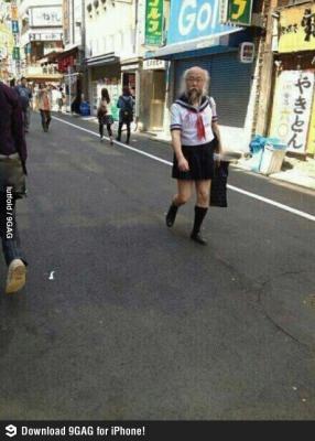 Vtipné obrázky - Japonská školačka